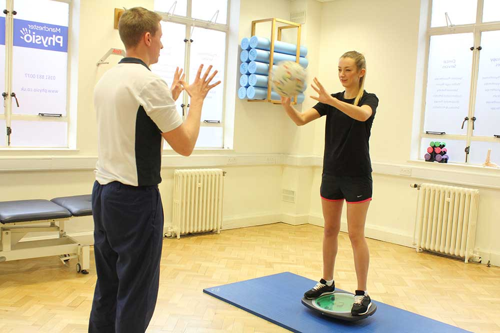 Dynamic balance exercises assisted by a specilaist physiotherapist