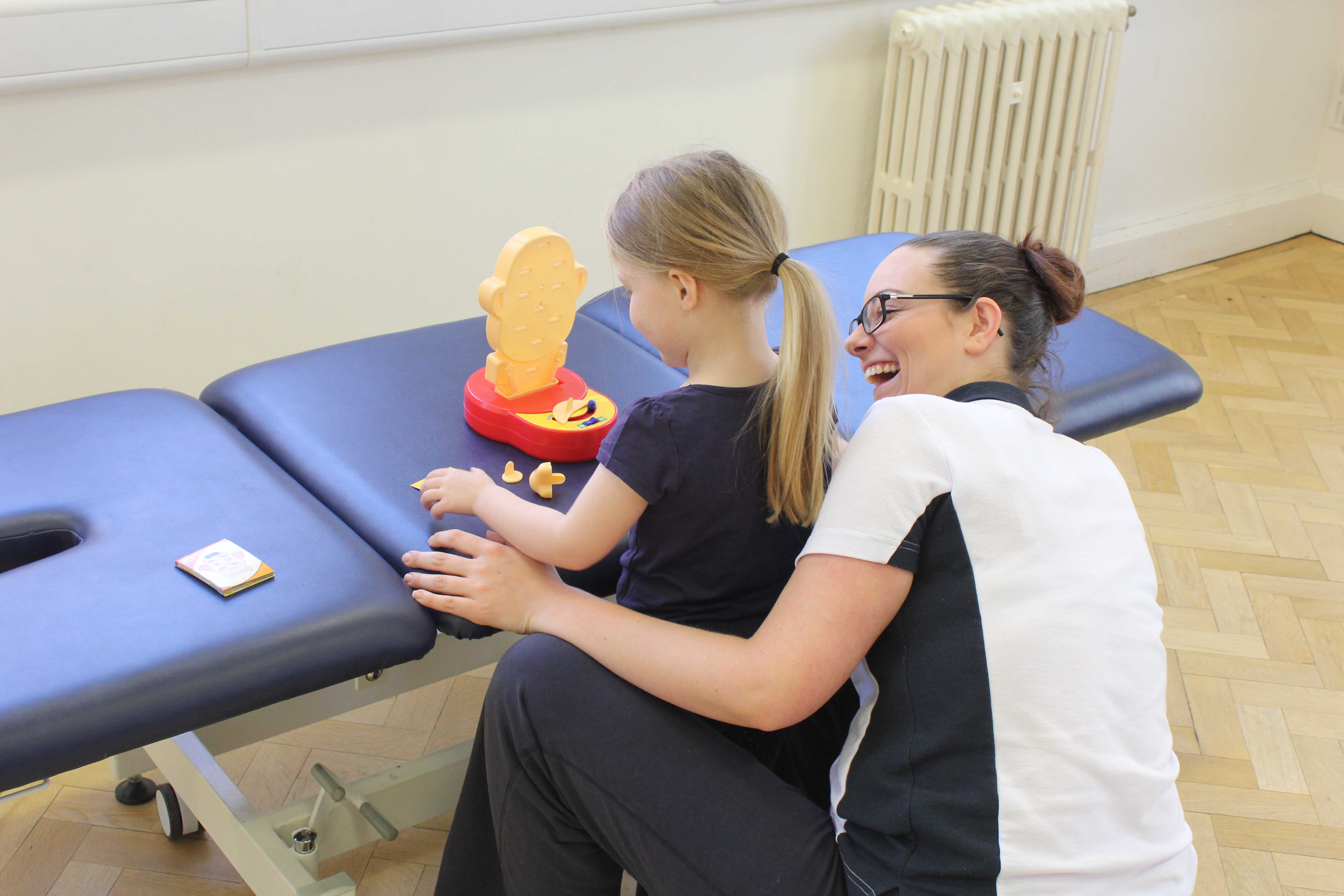 Our supportive and caring paediatric physiotherapist can support your child if they have suffered from a brain injury.