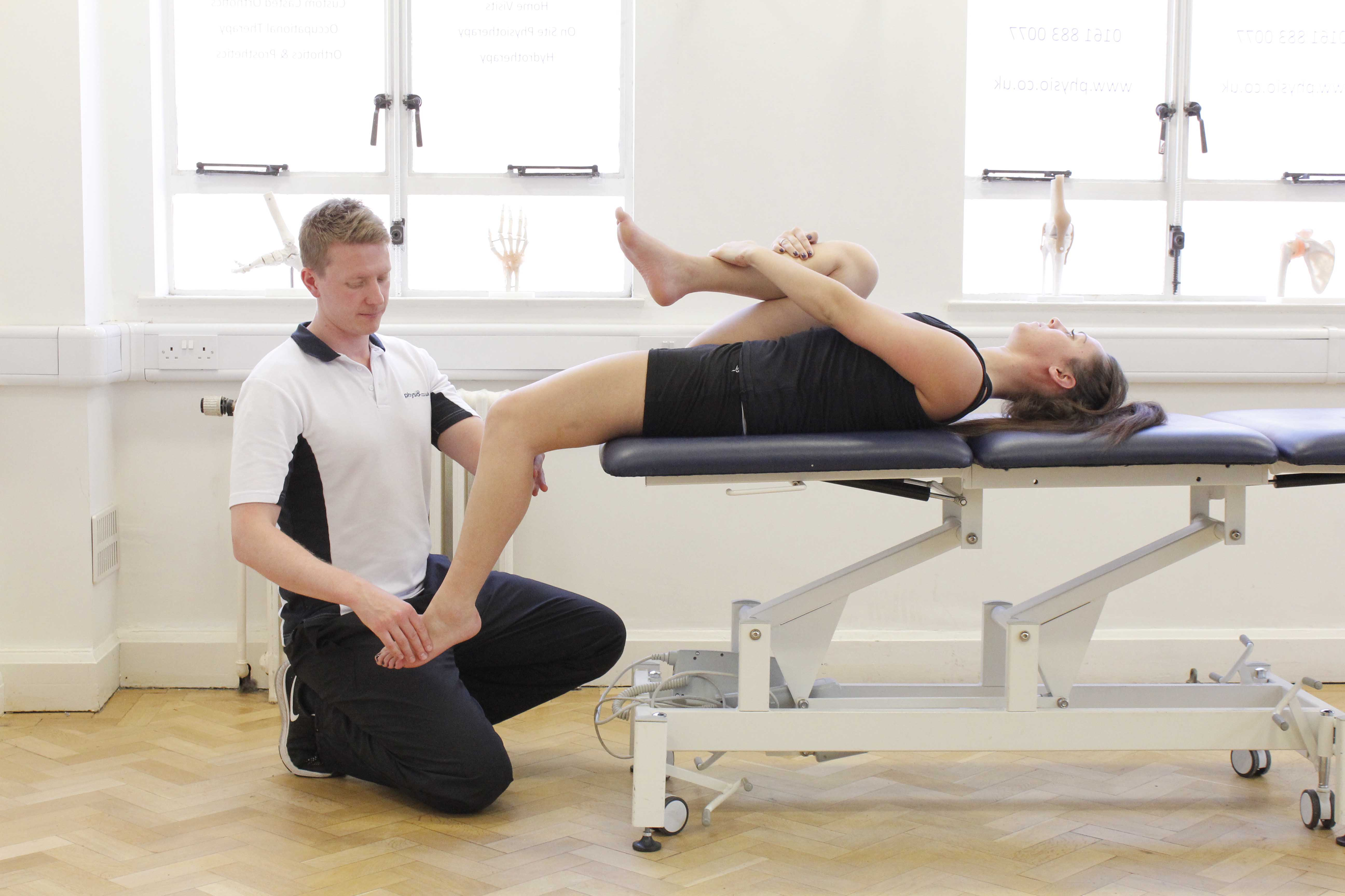 Stretches and mobilisations of the hip and knee to relieve pain