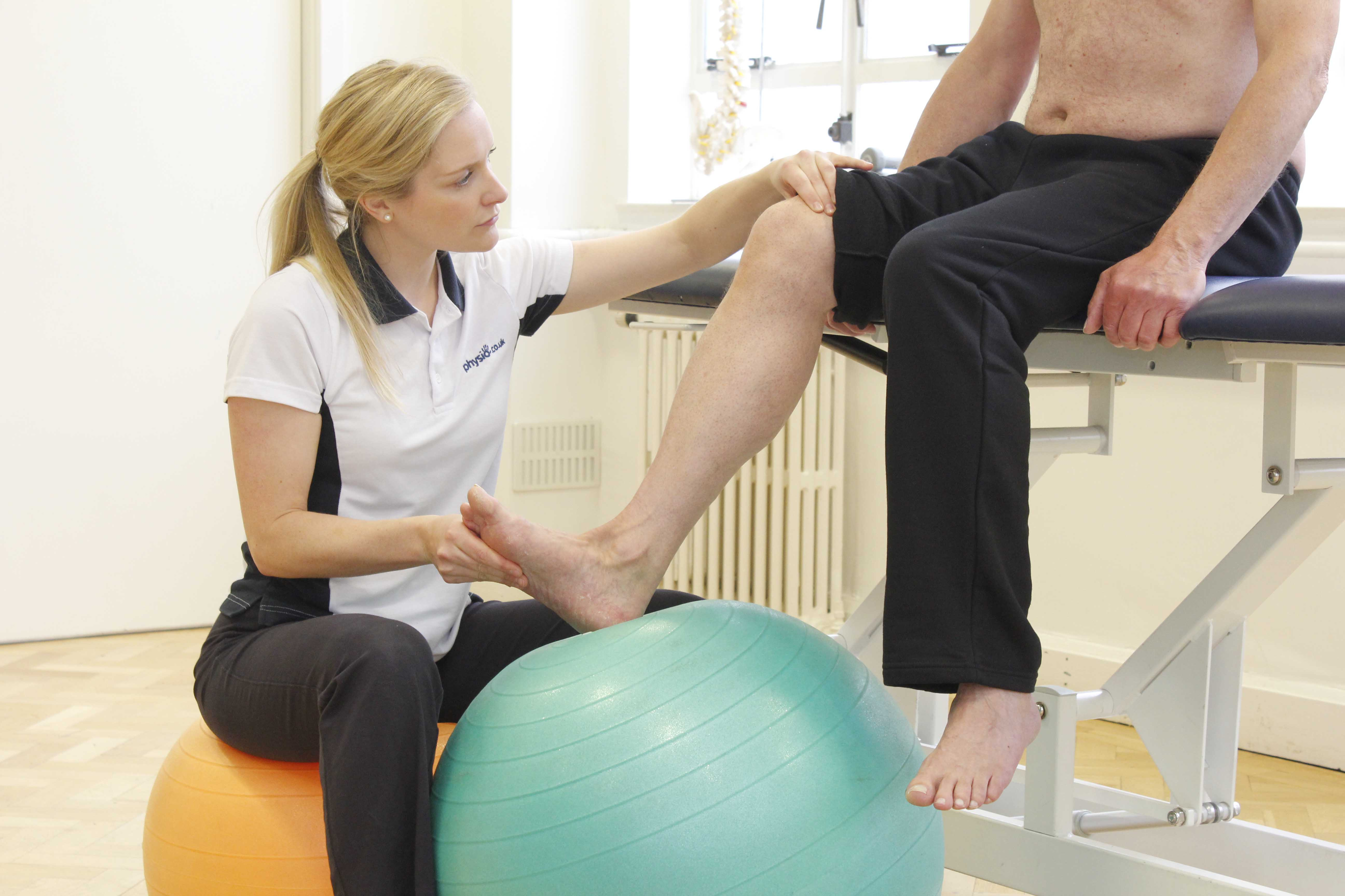 ankle mobilisation exercises facilitated by a neurological physiotherapist