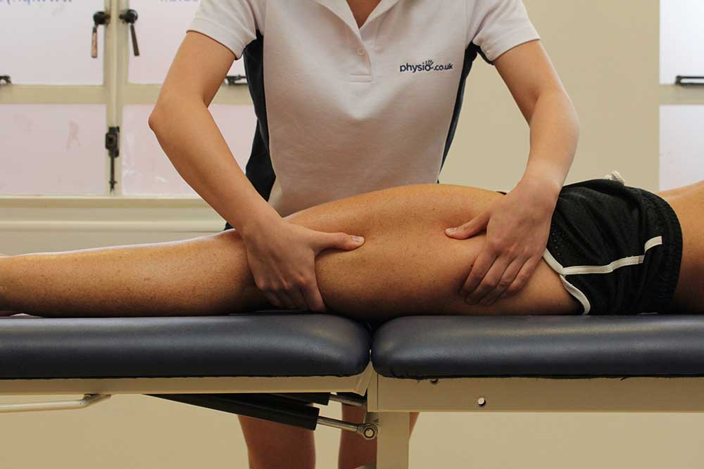 Rolling massage technique applied to vastus lateralis