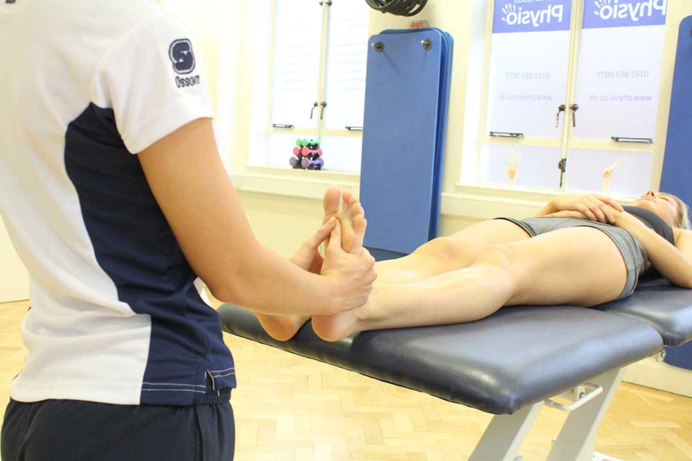 Mobilisations and stretches of the knee capsule to relieve pain and stiffness